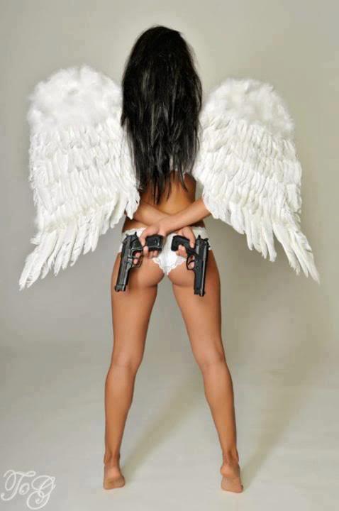 chicks-with-guns-41