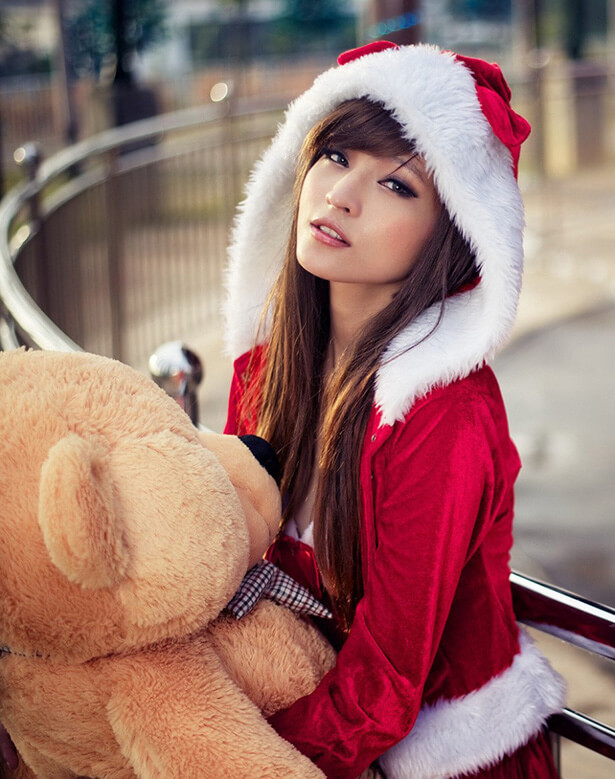 hot-christmas-girls-28