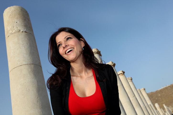 sexiest-female-politicians-18